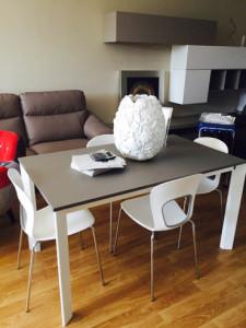 tavoli-sedie-esposizione-centro-mobili-guidonia-roma (15)